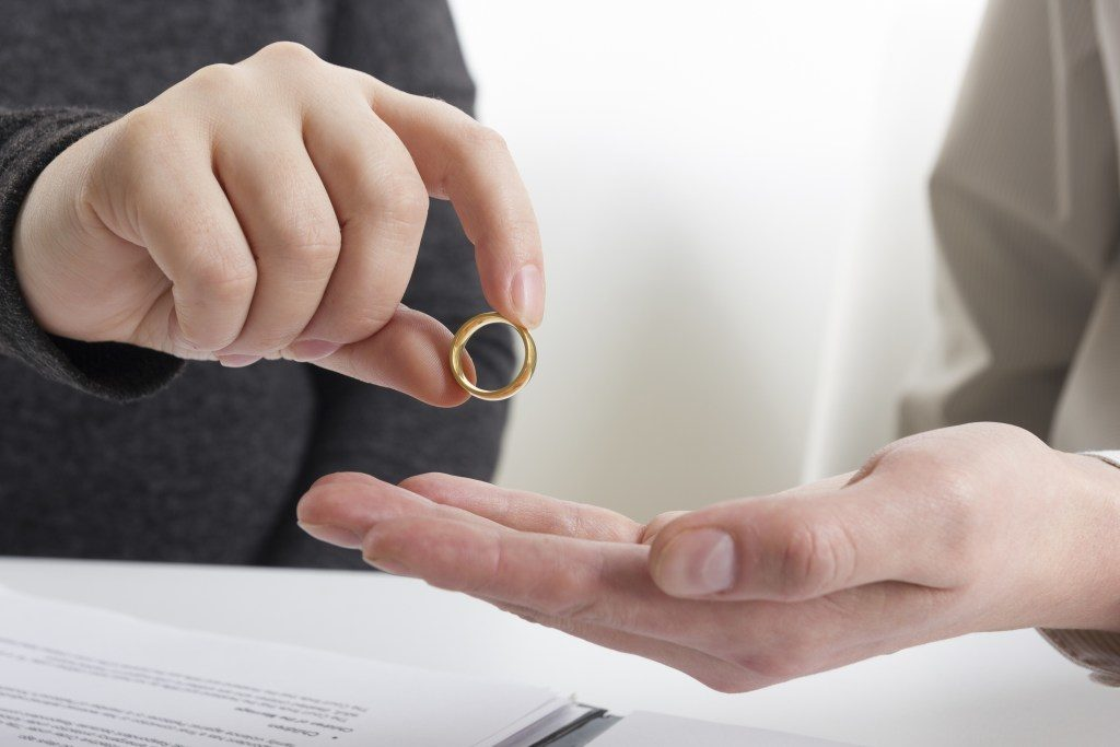 Don't Worry, Be Happy: How to Set the Stage for an Amicable Divorce